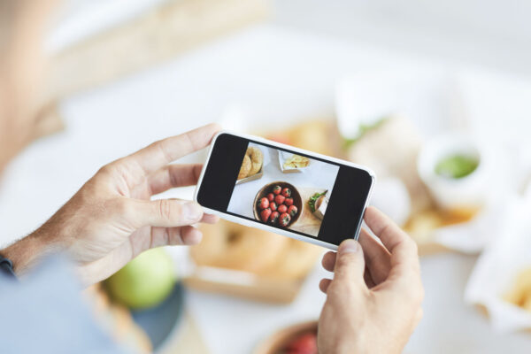 10 MOBILE PHOTOGRAPHY TIPS FOR CHEFS
